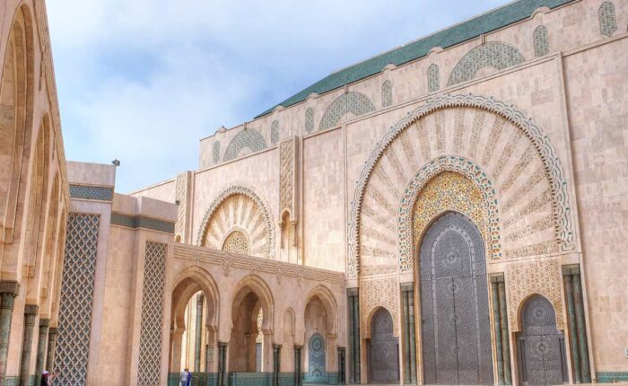 marrakech guided tours to casablanca